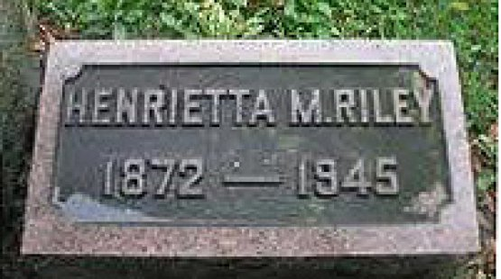 Tombstone of Ms Henrietta M. Riley